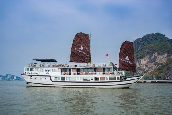 HALONG GARDEN BAY CRUISE - WOODEN 4 STAR CRUISE