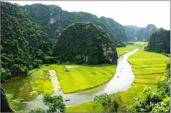 Hanoi - Hoa Lu Tam Coc full day trip - Group tour