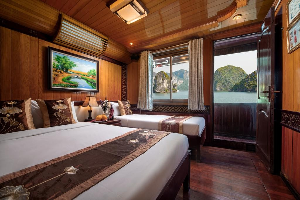 Halong Cozy Bay Cruise 3 stars