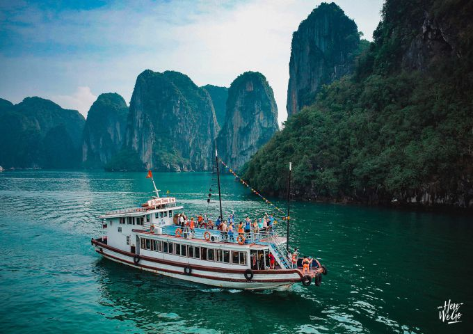 Visit Ha Long Bay 1 day